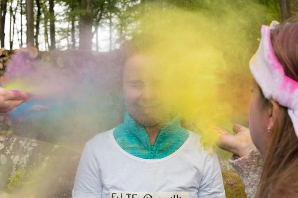 Enterrement de vie de jeune fille en couleurs souffle
